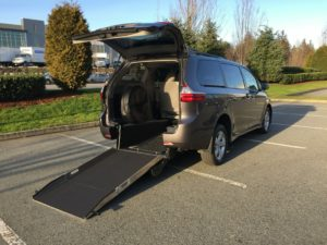 2019 Savaria Rear Entry for Toyota Sienna LE